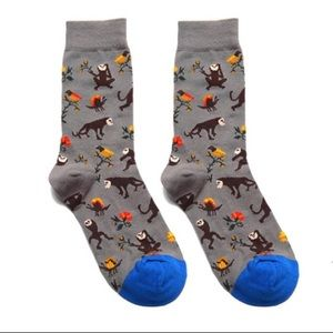 Accessories - 2/$15🎉NWT Gray Brown Floral Graphic Monkey Socks